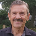 Tom Courtney Profile