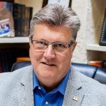 Bob Hoskins Profile